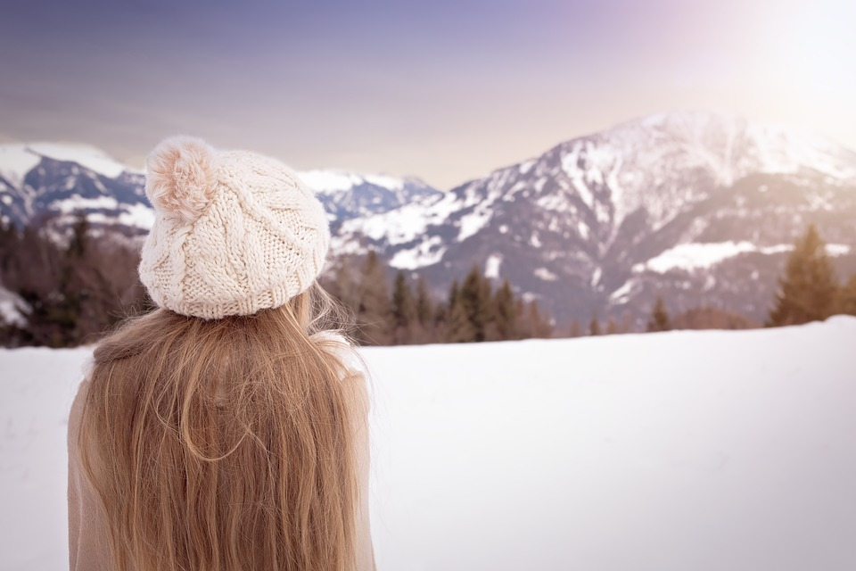 stopping hair static in cold weather